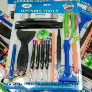 Opening tool